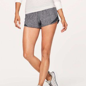 Lululemon Hotty Hot shorts low rise 2.5""